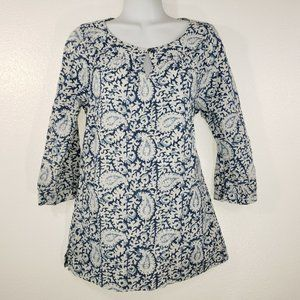 Lands End womens Top Size 4 White Blue Paisleyl Ma